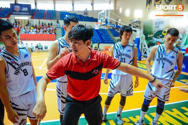 HLV Lê Trần Minh Nghĩa bật mí cách giúp Thang Long Warriors giành chiến thắng trước Cantho Catfish - Ảnh 6.