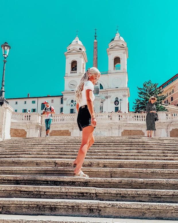 """Kỳ lạ """"bậc thang Tây Ban Nha"""" nhưng lại nằm ở Ý, luôn chật kín người lại có quy định phạt vô cùng khắt khe? - Ảnh 2."""