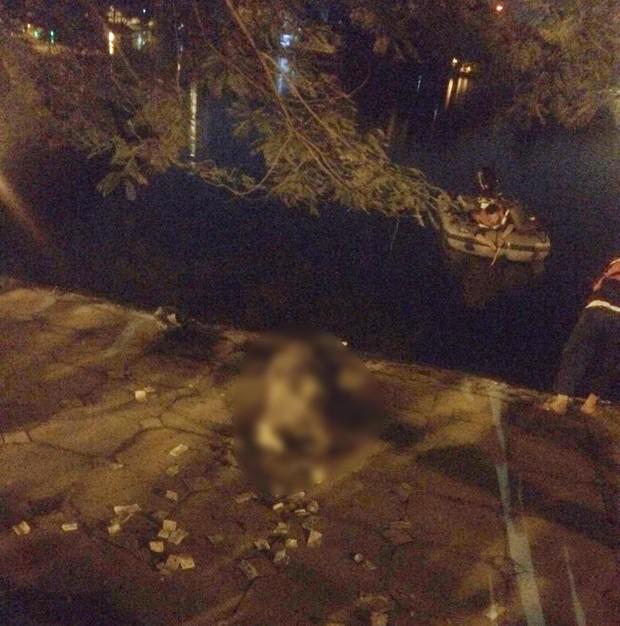 Hà Nội: Nghi án người đàn ông bỏ lại xe đạp cùng nhiều đồ đạc rồi nhảy xuống hồ tự tử trong đêm - Ảnh 3.