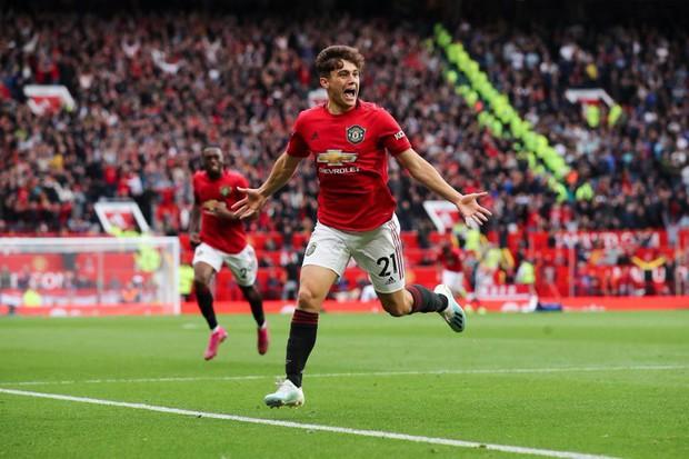Hủy diệt Chelsea 4-0, Man Utd khởi đầu Ngoại hạng Anh 2019/2020 không thể tưng bừng hơn - Ảnh 1.