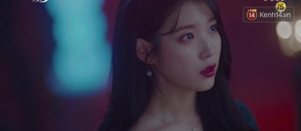 Hậu ghen lồng lộn vì crush suýt bị gả cho cháu gái tài phiệt, CEO IU và Yeo Jin Goo chính thức kết đôi trong tập 10 Hotel Del Luna - Ảnh 1.