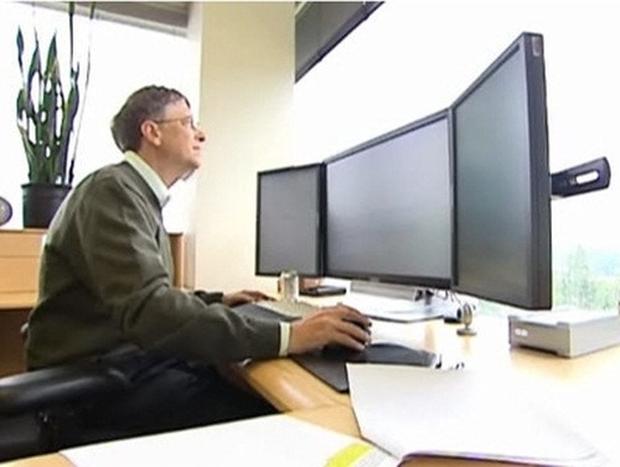 5 tỷ phú công nghệ hàng đầu thế giới làm việc trên chiếc bàn đặc biệt thế nào? - Ảnh 2.