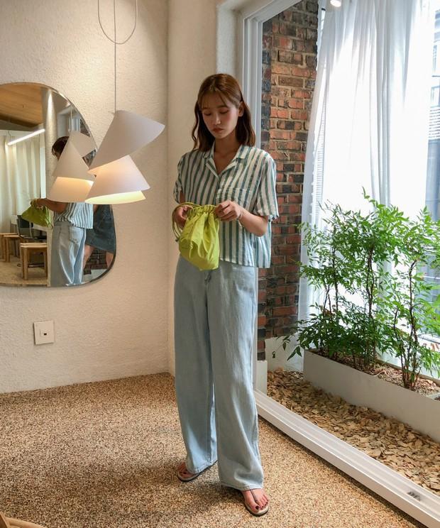 4 món đồ jeans bạn nên tậu gấp để bước vào mùa thu với style trẻ xinh và siêu cấp sành điệu - Ảnh 14.