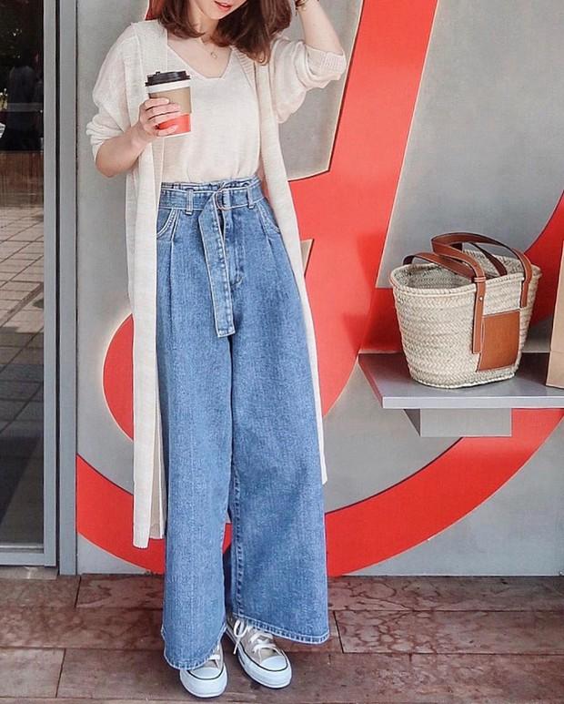 4 món đồ jeans bạn nên tậu gấp để bước vào mùa thu với style trẻ xinh và siêu cấp sành điệu - Ảnh 16.