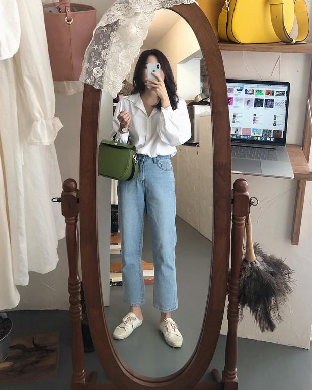 4 món đồ jeans bạn nên tậu gấp để bước vào mùa thu với style trẻ xinh và siêu cấp sành điệu - Ảnh 4.