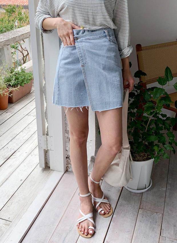 4 món đồ jeans bạn nên tậu gấp để bước vào mùa thu với style trẻ xinh và siêu cấp sành điệu - Ảnh 8.