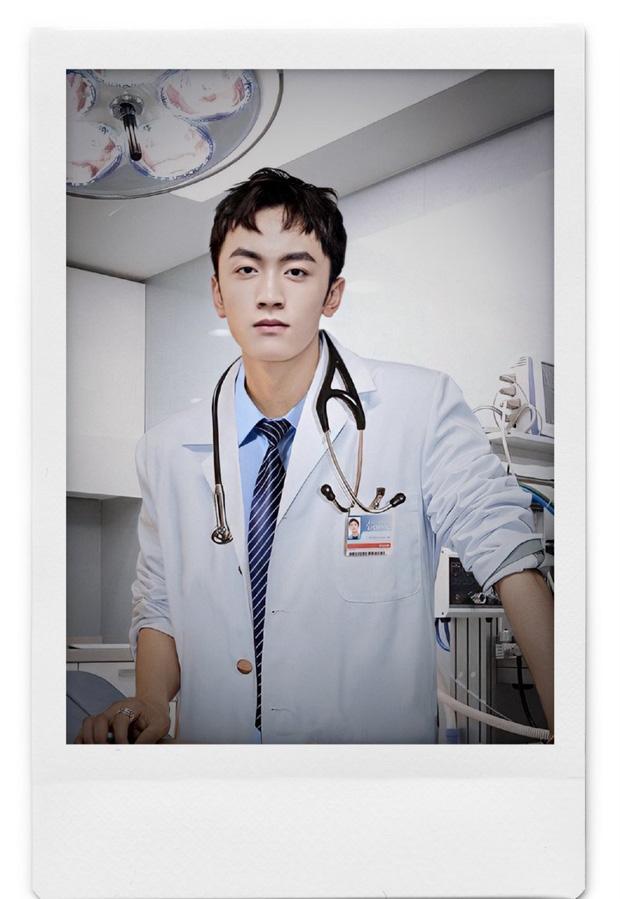 4 bác sĩ khiến hội chị em chỉ muốn chạy đi chờ chi tới phòng khám để hỏi mê mỹ nam chữa bằng cách nào? - Ảnh 15.