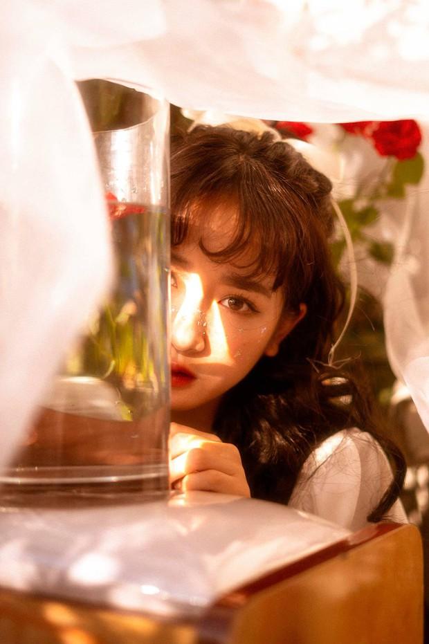 Girl xinh ĐH Hoa Sen sinh năm 1999 được khen xinh hơn cả gái Hàn, thừa nhận nâng mũi để hoàn thiện nhan sắc - Ảnh 8.
