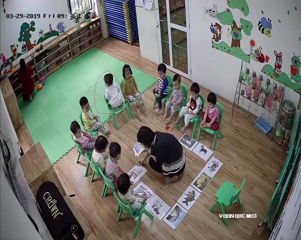 Loạt hành động không giống ai trong lớp học của các bé mầm non khiến dân mạng cười bể bụng - Ảnh 7.