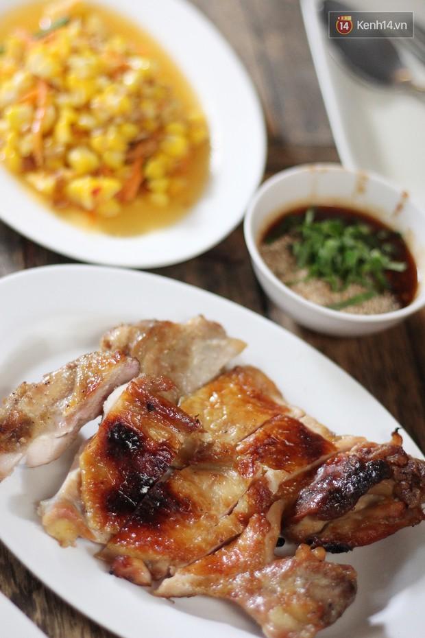 Có một quán gà nướng mà bạn nhất định phải thử khi đến Chiang Mai du lịch - Ảnh 2.