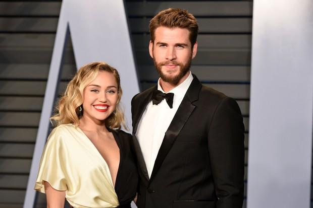 Động thái chia tay khiến cả thế giới nể phục của Liam Hemsworth: Viết tâm thư chúc phúc Miley hậu chia tay! - Ảnh 3.
