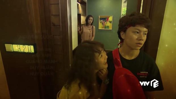 Toàn cảnh ngoại truyện đầy drama của Về Nhà Đi Con: Dương và Vũ xuất hiện tình địch, mẹ Bảo về đòi ông Quốc từ tay chị Huệ? - Ảnh 15.
