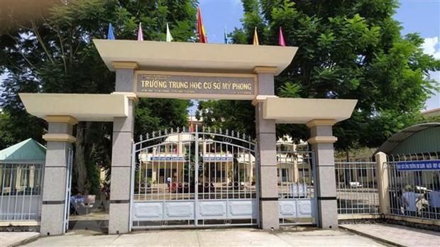 Phạt học sinh đứng lên ngồi xuống 200 lần phải nhập viện, giáo viên ở Tiền Giang bị kỷ luật - Ảnh 2.