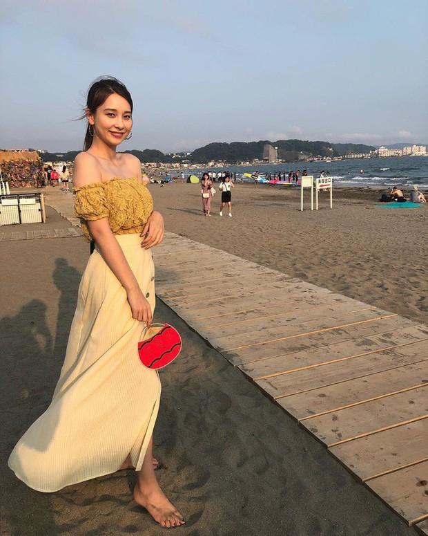 Street style châu Á: Sơ mi chiếm ưu thế toàn tập vì đơn giản lại dễ mặc đẹp - Ảnh 13.