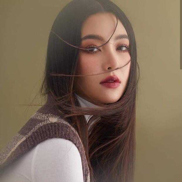 Top sao nữ đẹp từ trong trứng nước của showbiz Thái: Dàn mỹ nhân lai xuất sắc, Nira Chiếc lá bay chưa phải là nhất! - Ảnh 32.