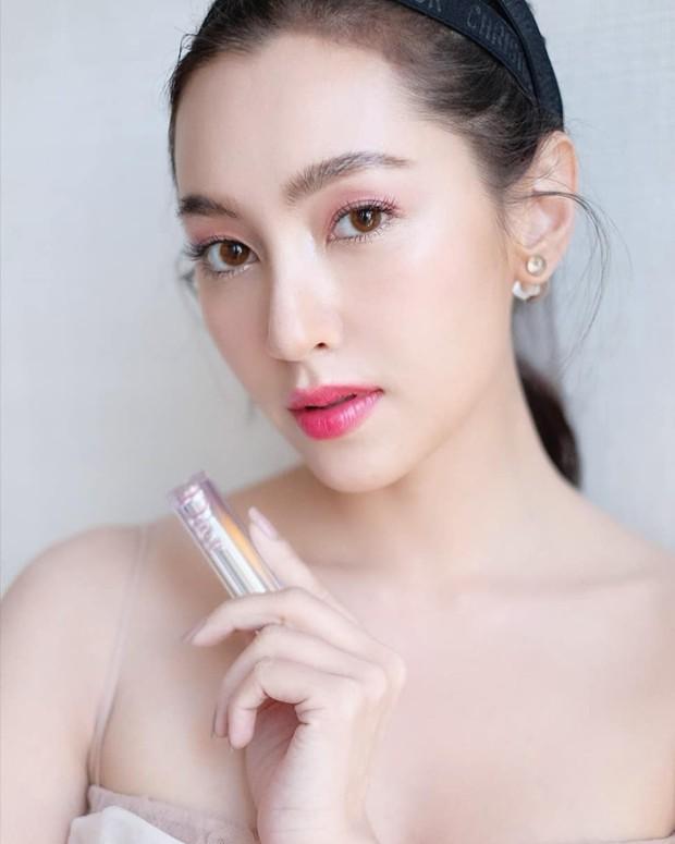Top sao nữ đẹp từ trong trứng nước của showbiz Thái: Dàn mỹ nhân lai xuất sắc, Nira Chiếc lá bay chưa phải là nhất! - Ảnh 33.