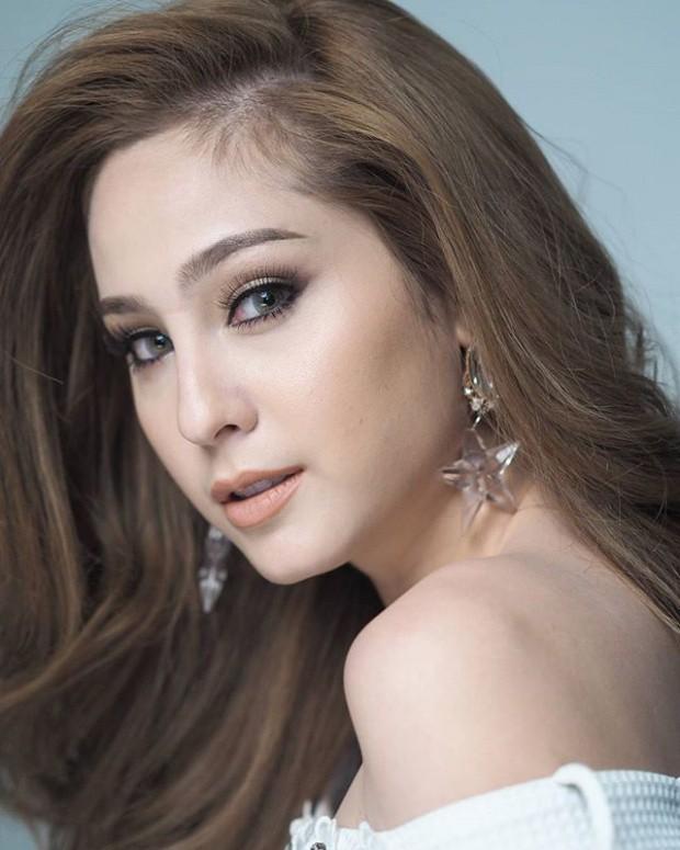 Top sao nữ đẹp từ trong trứng nước của showbiz Thái: Dàn mỹ nhân lai xuất sắc, Nira Chiếc lá bay chưa phải là nhất! - Ảnh 47.