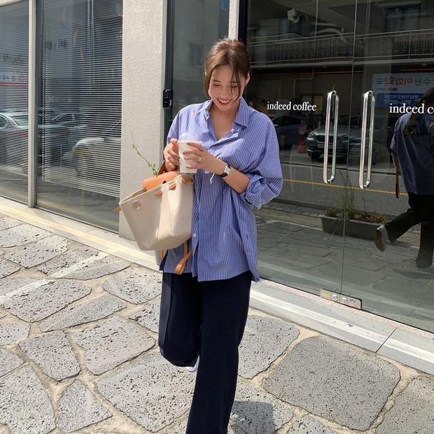 Street style châu Á: Sơ mi chiếm ưu thế toàn tập vì đơn giản lại dễ mặc đẹp - Ảnh 8.