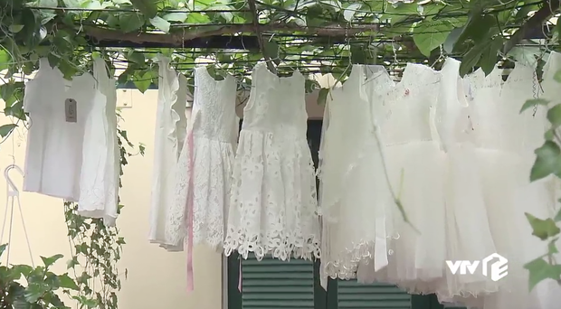Điều đẹp nhất Về Nhà Đi Con TẬP CUỐI chính là ý nghĩa thật sự của 13 chiếc váy trắng bố Sơn giữ bí mật suốt 85 tập! - Ảnh 1.