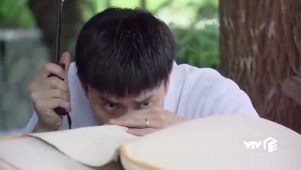 Ngoại truyện Về Nhà Đi Con chơi siêu lớn: Nụ hôn đồng tính đầu đời của Dương khiến bố Sơn hãi hùng - Ảnh 2.
