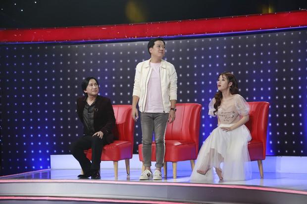 Trường Giang nịnh vợ Nhã Phương trên sóng truyền hình: Vợ em không make up em thấy vẫn đẹp - Ảnh 2.