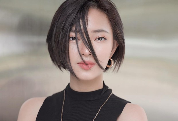 Châu Bùi được báo Trung khen nức nở, nhan sắc được ví như Song Hye Kyo phiên bản Việt - Ảnh 4.
