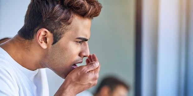 Nếu hắt hơi mà có những mùi khó chịu này thoát ra khỏi miệng thì cần phải cẩn thận - Ảnh 3.