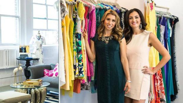 """Startup tỷ đô cho thuê trang phục từ các thương hiệu Calvin Klein, Coach, Fila,.. với giá rẻ hơn cả chục lần, giúp hội chị em giải bài toán """"Không có gì để mặc hết!"""" - Ảnh 1."""