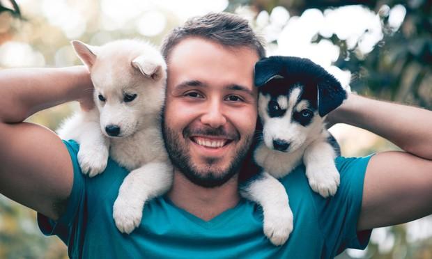 Nghiên cứu cho thấy: Hơn 25% đàn ông để avatar có chó thường hay thả thính thiu - Ảnh 1.