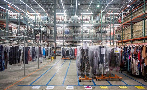 """Startup tỷ đô cho thuê trang phục từ các thương hiệu Calvin Klein, Coach, Fila,.. với giá rẻ hơn cả chục lần, giúp hội chị em giải bài toán """"Không có gì để mặc hết!"""" - Ảnh 5."""