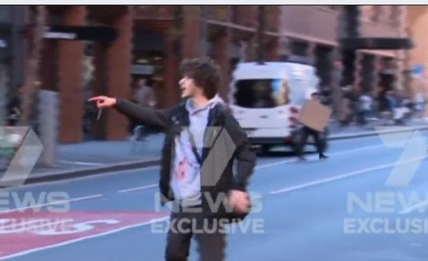 Nghi phạm tấn công bằng dao tại Australia có tiền sử tâm thần - Ảnh 1.