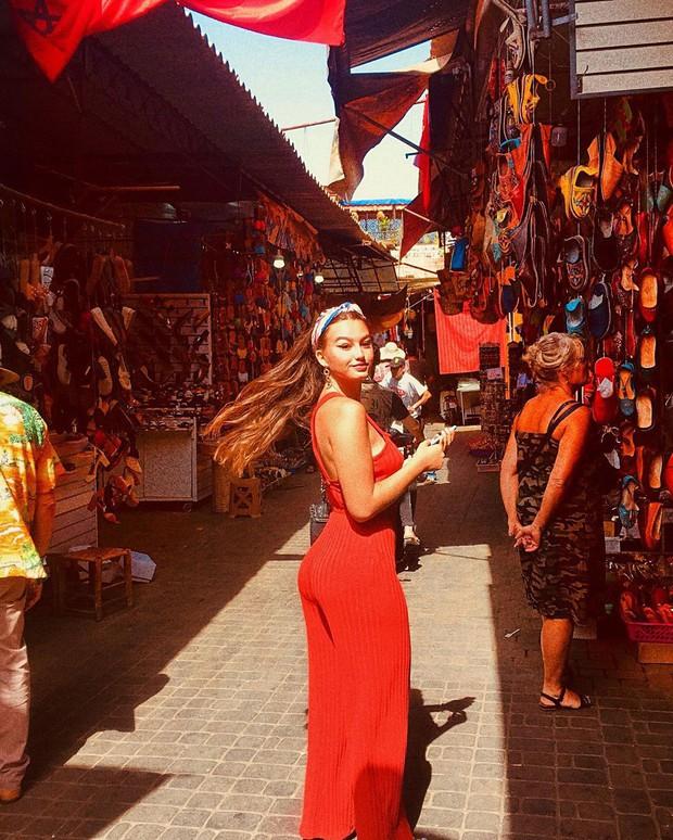 """Mặc trời nóng 46 độ, """"chị Ba"""" Ngô Thanh Vân quyết sang châu Phi khám phá chợ trời nức tiếng Maroc và ngồi… buôn dép - Ảnh 12."""
