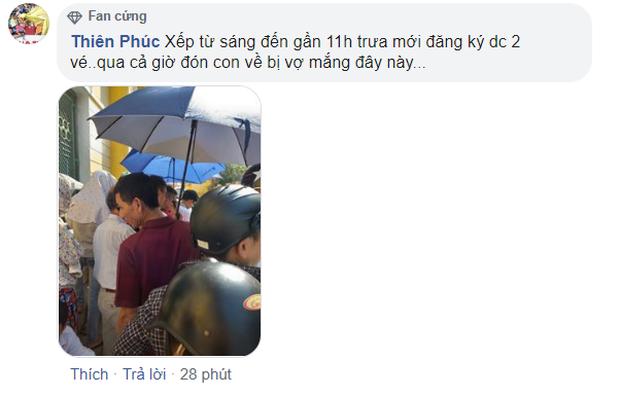 CĐV Nam Định đội nắng xếp hàng mua vé trận đấu với Quảng Nam: Bà bầu cũng máu lửa, có người bị vợ mắng cũng bất chấp - Ảnh 4.
