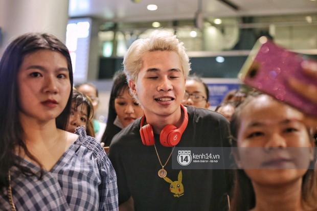 Giữa liên hoàn phốt, Jack cùng K-ICM rời Việt Nam sang Hàn công tác, fan xuất hiện vây kín sân bay tiễn thần tượng - Ảnh 8.