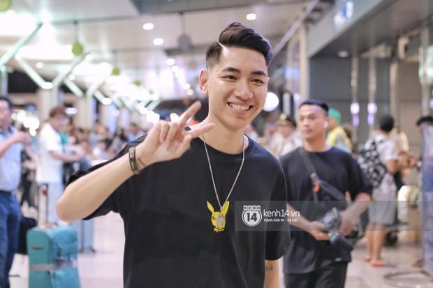 Giữa liên hoàn phốt, Jack cùng K-ICM rời Việt Nam sang Hàn công tác, fan xuất hiện vây kín sân bay tiễn thần tượng - Ảnh 9.