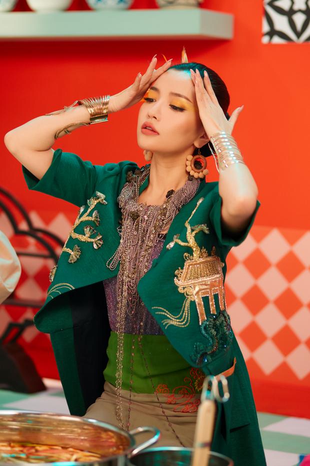 Nhìn vào âm nhạc của Hoàng Thùy Linh, Bích Phương, Chi Pu...: Khai thác văn hóa truyền thống liệu có phải là một công thức tạo hit mới? - Ảnh 10.