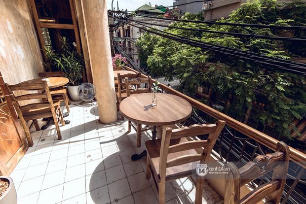 Đã nhiều lần nói về các quán cafe hoài niệm ở Hà Nội, nhưng chắc chắn nơi này sẽ đem đến 1 vibe rất khác cho tất cả chúng ta - Ảnh 6.