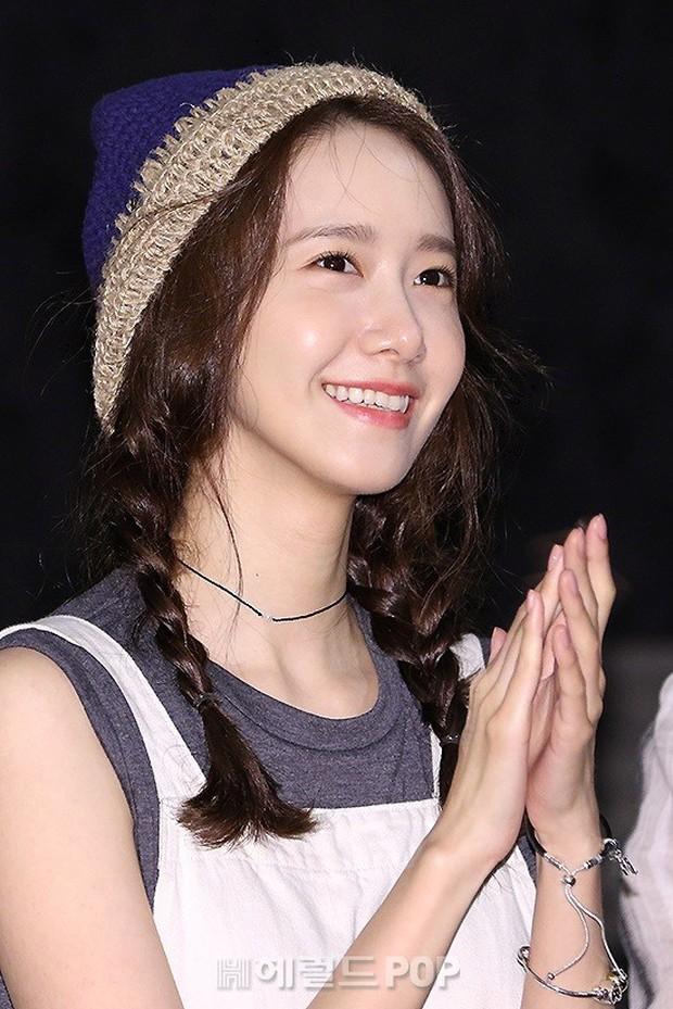 Thánh hack tuổi Jang Nara có lẽ phải kiêng dè Yoona sau sự kiện hôm nay: 29 tuổi mà như nữ sinh trung học! - Ảnh 1.