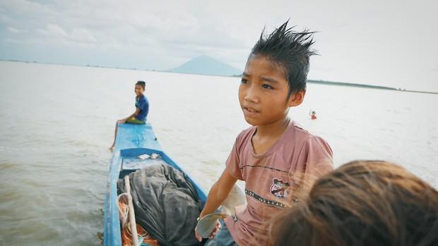 Hành trình đi dọc Việt Nam thắp sáng ước mơ cho trẻ em nghèo của anh chàng Khoai - Ảnh 4.