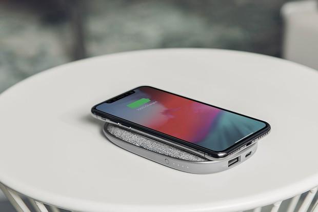 Đừng ham hố sạc không dây: Lợi nhiều hơn hại, hỏng pin, hỏng cả điện thoại - Ảnh 1.
