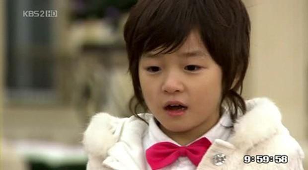 5 diễn viên nhí được chị em cưng nựng nay đã dậy thì: Cả hội toàn idol xịn đến em trai quốc dân màn ảnh Hàn - Ảnh 12.
