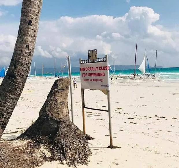 Khách Trung Quốc chôn tã xuống cát, Philippines đóng cửa bãi biển Boracay - Ảnh 2.