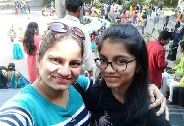 Kinh hoàng vụ nữ diễn viên Ấn Độ tàn nhẫn sát hại con gái ruột rồi treo cổ tự tử - Ảnh 1.