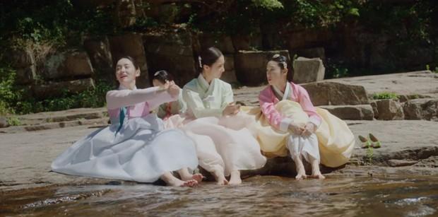 Tân Binh Học Sử Goo Hae Ryung: Nghe tin crush tắm tiên với trai, Cha Eun Woo làm ngay khoá tỏ tỉnh cấp tốc! - Ảnh 8.