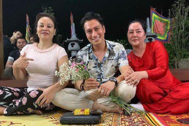 Việt Anh tiếp tục bị phản ứng trước gương mặt sau phẫu thuật thẩm mỹ, Quế Vân gay gắt đăng đàn thanh minh hộ bạn thân - Ảnh 1.
