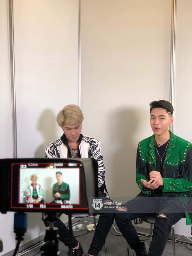 Ảnh hiếm từ Hàn Quốc: Jack và K-ICM bảnh bao hết nấc trong buổi phỏng vấn cho tạp chí đình đám xứ kim chi sau ồn ào - Ảnh 2.