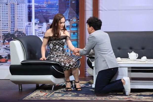 Ơn giời: Trấn Thành dọa tự cắt tay để uy hiếp Lan Phương - Ảnh 2.