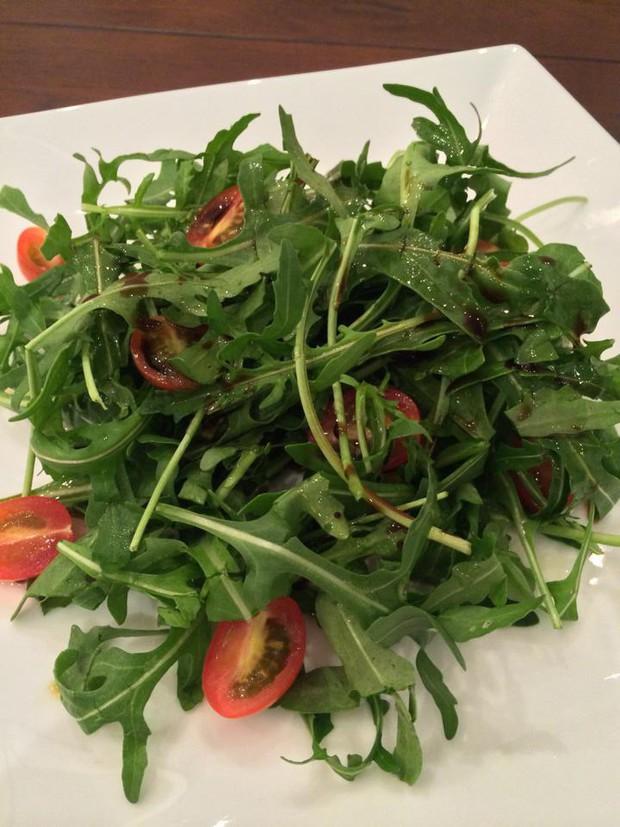 Để ý mới thấy những món made by Tăng Thanh Hà đều có sự xuất hiện của loại rau chứa đầy công dụng bổ ích - Ảnh 3.