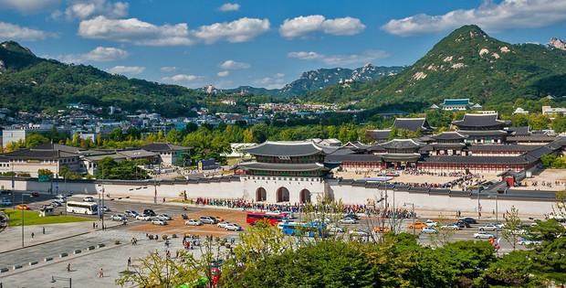 """""""Mặc kệ"""" Jack im hơi lặng tiếng, K-ICM vẫn """"quẩy"""" khắp Seoul, còn ghé thăm cung điện nổi tiếng nhất Hàn Quốc nữa này - Ảnh 10."""