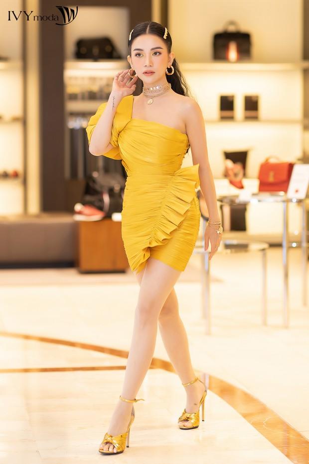 """Truy tìm """"chiếc đầm vàng trong làng showbiz Việt"""" - Ảnh 7."""